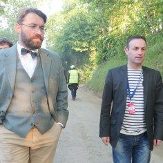 Avec Franck Esnouf, maire de Saint-Laurent de Cuves, au festival des Papillons de Nuit, mai 2015